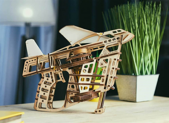 Puzzle 3D Flight Starter din lemn Ugears 0