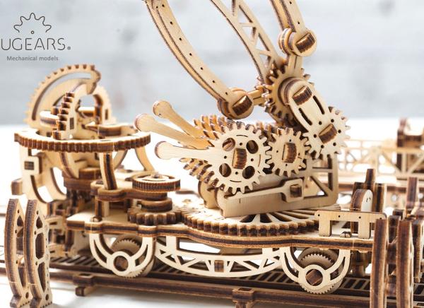 Puzzle 3D Macara pe Sine din Lemn Ugears 24
