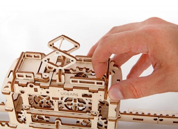 Puzzle 3D Tramvai din Lemn Ugears