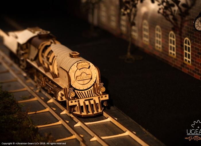 Puzzle 3D Tren V- Express cu abur din lemn Ugears 23