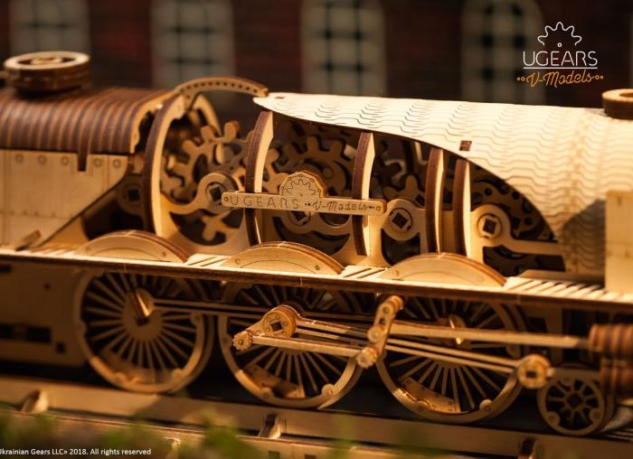 Puzzle 3D Tren V- Express cu abur din lemn Ugears 12