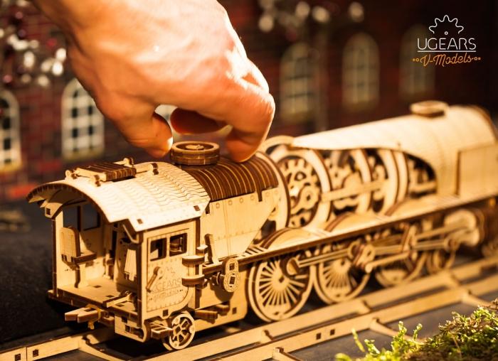 Puzzle 3D Tren V- Express cu abur din lemn Ugears 0