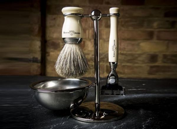 Set cadou barbati pentru barbierit 4 piese Ebony Fit, Edwin Jagger
