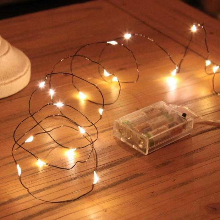 Instalatie de lumini cu 10 leduri 2