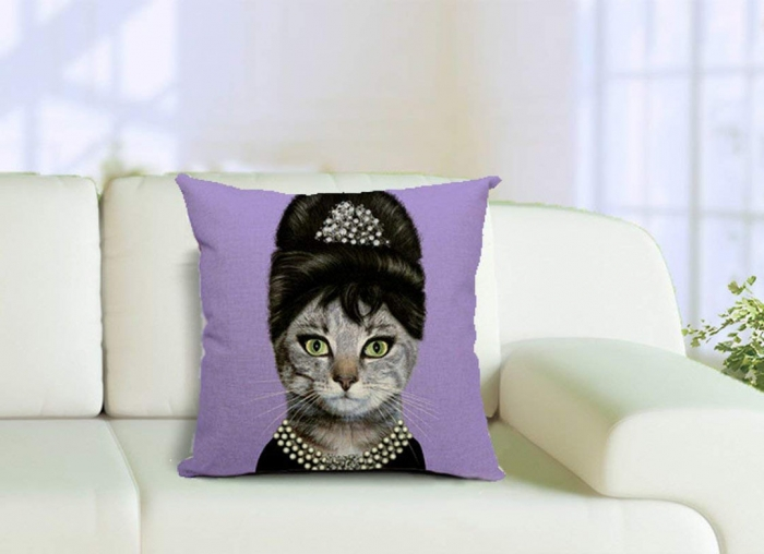 Husa Perna Pisic Audrey Hepburn 0