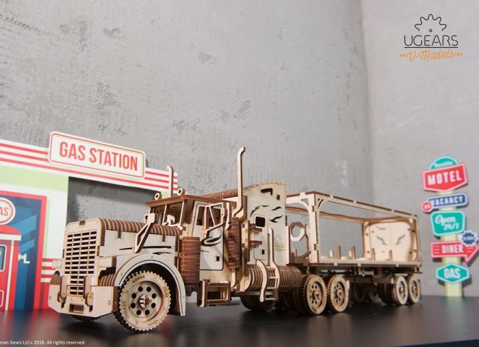 Puzzle 3D Camion VM-03 din lemn Ugears 19