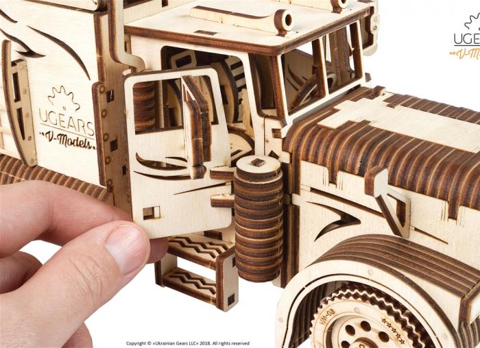 Puzzle 3D Camion VM-03 din lemn Ugears 10