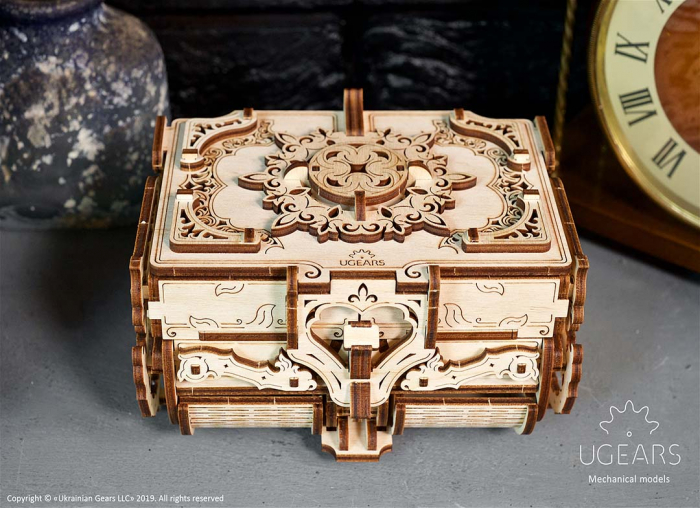 Puzzle 3D Cutie antica de bijuterii Ugears 6