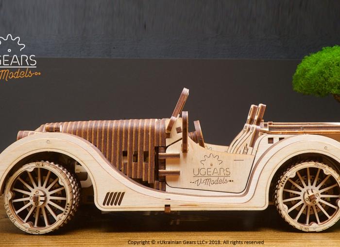 Puzzle 3D Model Roadster VM-O1 din lemn Ugears 10