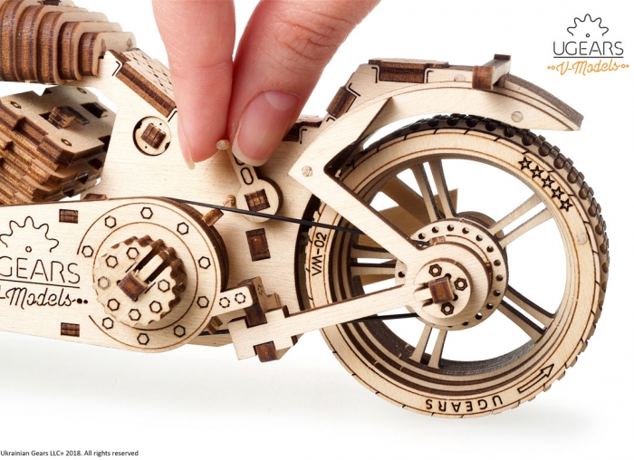 Puzzle 3D Motocicleta VM-02 din lemn Ugears 17