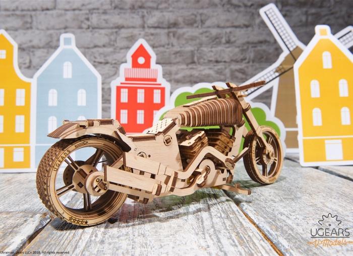 Puzzle 3D Motocicleta VM-02 din lemn Ugears 16