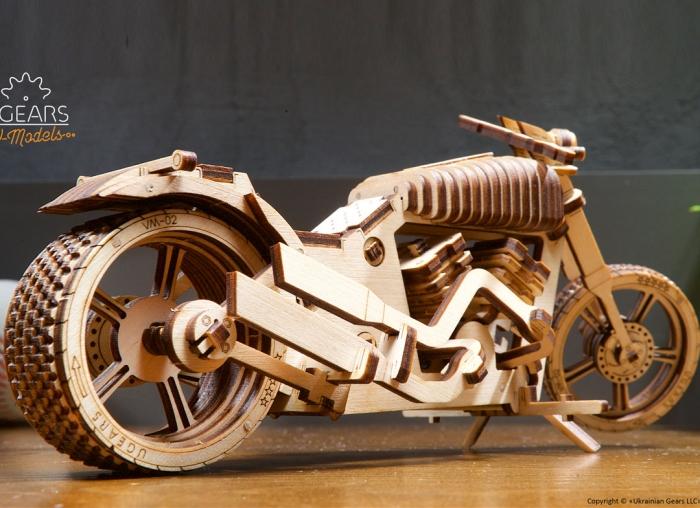 Puzzle 3D Motocicleta VM-02 din lemn Ugears 10
