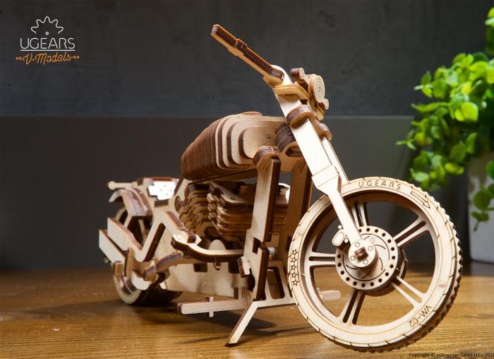 Puzzle 3D Motocicleta VM-02 din lemn Ugears 7