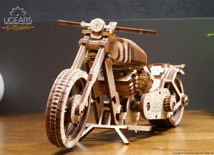 Puzzle 3D Motocicleta VM-02 din lemn Ugears 5