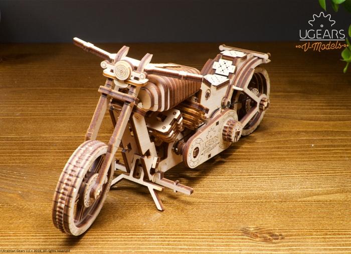 Puzzle 3D Motocicleta VM-02 din lemn Ugears 6