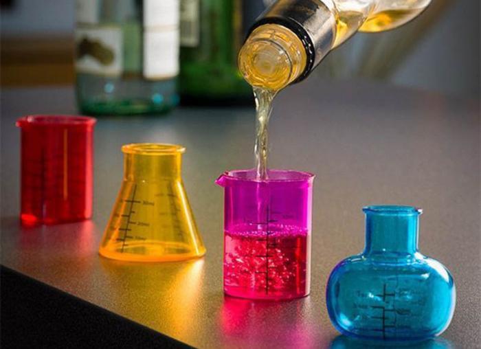 Set 4 pahare de laborator pentru shoturi 0