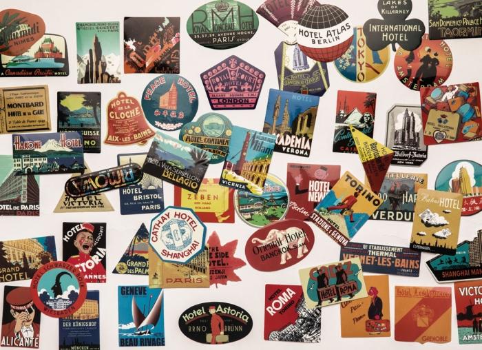 Set 56 stickere laptop Travel Addict 1