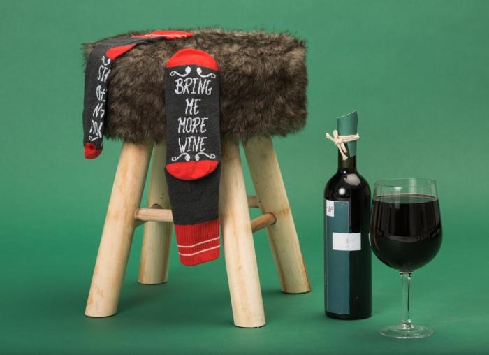 Sosete Amuzante Bring Me Wine 1