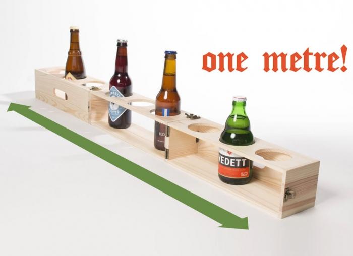 Suport din lemn pentru 1 metru de bere