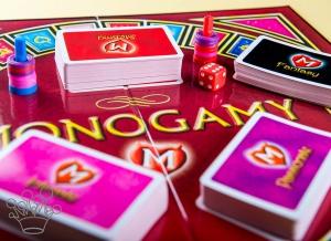 Joc erotic Monogamy1