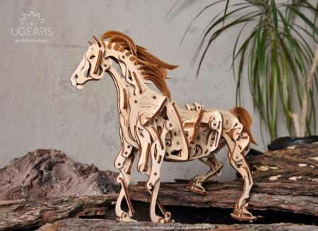 Puzzle 3D Cal Bionic din lemn Ugears2