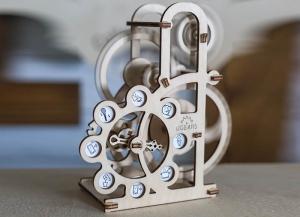 Puzzle 3D Dinamometru din Lemn Ugears