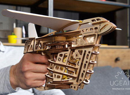Puzzle 3D Flight Starter din lemn Ugears3