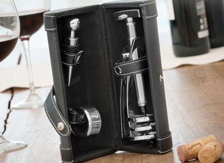Set luxos de accesorii pentru vin1