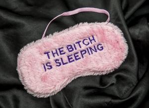 Masca de dormit cu atitudine1