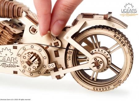 Puzzle 3D Motocicleta VM-02 din lemn Ugears17