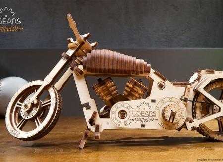 Puzzle 3D Motocicleta VM-02 din lemn Ugears11