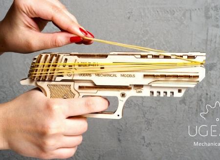 Puzzle 3D Pistol Wolf din lemn Ugears1