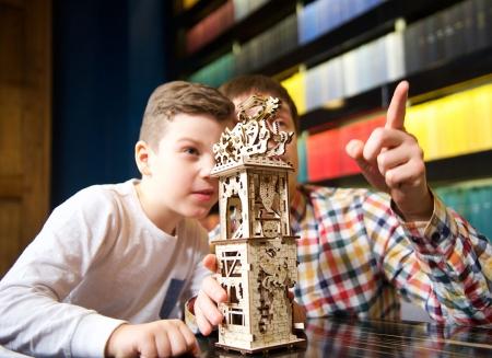 Puzzle 3D Turn Archballista din lemn Ugears2