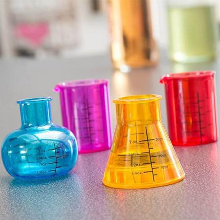 Set 4 pahare de laborator pentru shoturi1