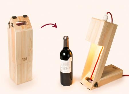 Suport din lemn veioza pentru vin1