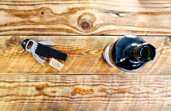 Deschizator de sticle Pirat