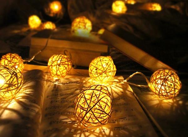 Instalatie de lumini LED Mingiute Sepak Takraw
