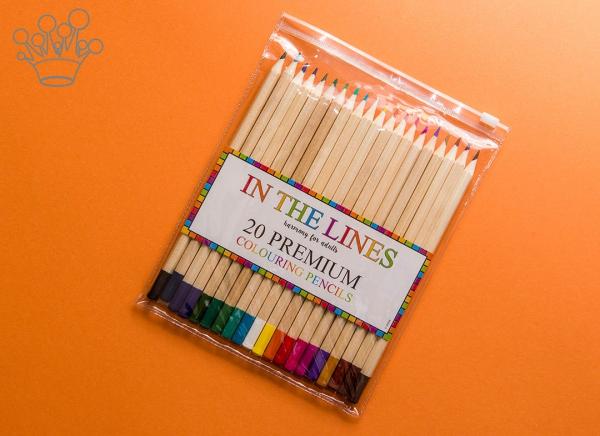 Carte de colorat pentru adulti Doodle