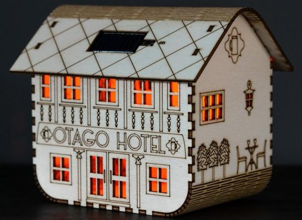 Lampa Otago Hotel