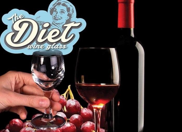 Pahar de vin pentru dieta