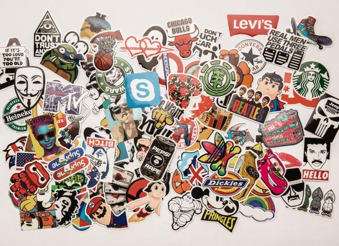 Set Stickere laptop Indraznete