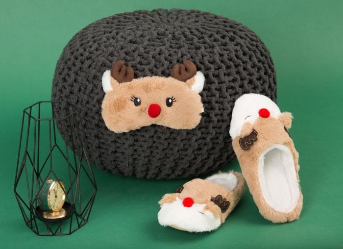Set Papuci si Masca de dormit Ren