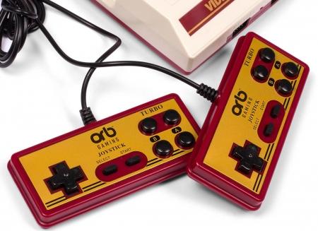 Consola de jocuri retro