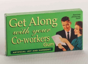 Guma de mestecat pentru colegi