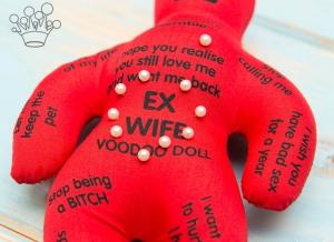 Papusa Voodoo pentru fosta sotie