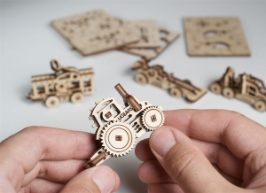 Puzzle 3D Fidget Vehicule din Lemn Ugears