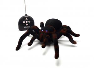 RC Tarantula cu telecomanda
