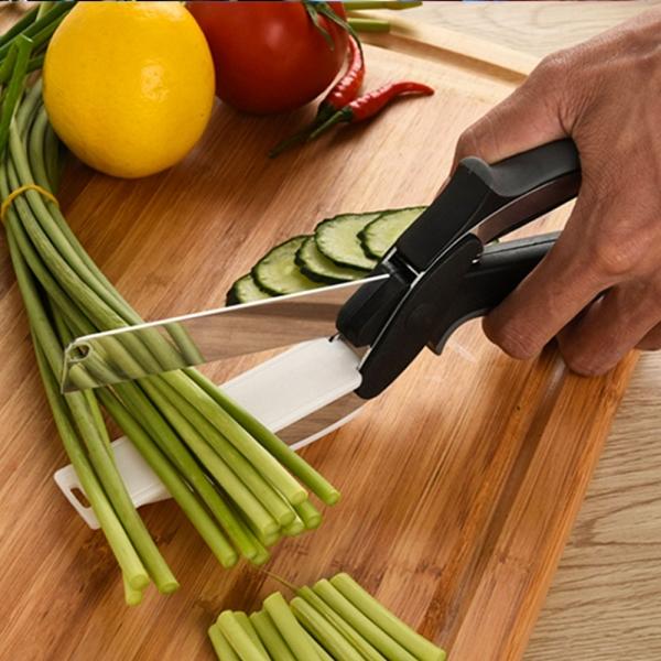 Foarfeca Cu Mini Tocator Pentru Taiat Legume Si Fructe – Clever Cutter