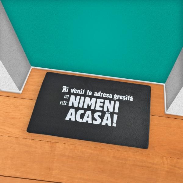 Covoras Nu Este Nimeni Acasa! 60X40 CM