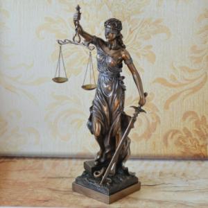 Statueta Justitie #2